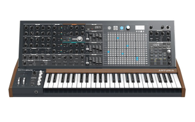 Arturia MatrixBrute аналоговый синтезатор