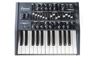 Arturia Minibrute аналоговый синтезатор
