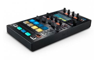 Native Instruments Traktor Kontrol D2 DJ-контроллер