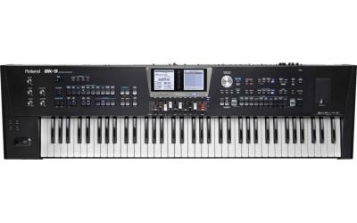 Roland BK-9 синтезатор с автоаккомпанементом